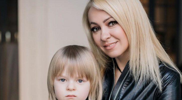 «Грубая мамаша»: пользователи ополчились на Рудковскую