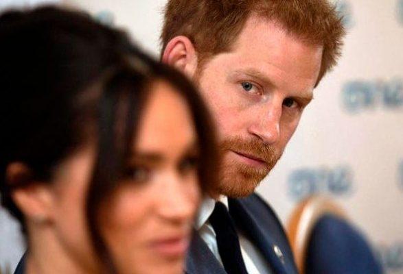 Зря съехал от мамы: Принц Гарри с супругой опять на чемоданах