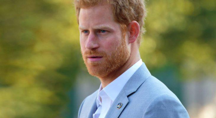 Новое унижение: экс принц Гарри лишится военных титулов