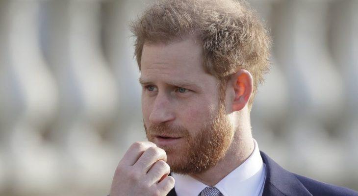 Принц Гарри готовую новую гадость своей семье